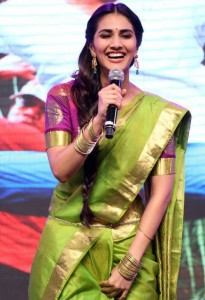 Vaani Kapoor Saree Photos At Aaha Kalyanam Audio Launch 5