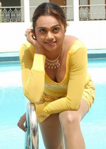 Abhinayasri Hot Cleavage Show Photos