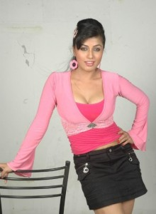 Aarthi Puri Spicy Photos