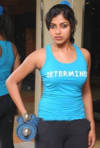 South Actress Amala Paul Hot Gym Workout Pictures