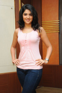 Tollywood Actress Deeksha Seth Sexy Pictures in Jeans