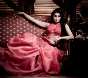 Shriya Unseen Sexy Photoshoot Pics Gallery