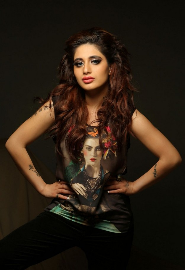 Alisa Khan Hot Photo Gallery - pinterest.com