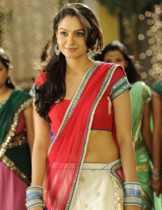 Andrea Jeremiah Latest Hot Navel Show Photos