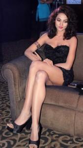Aradhana Gupta Sexy Legs Show Photos