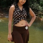 Ishita Dutta Hot Navel Show Photos
