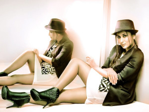 Bollywood Actress Kareena Kapoor Sexy HD Wallpapers