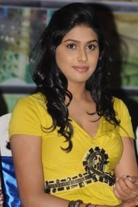 Manisha Yadav Hot Photos At Jannal Oram Tamil Movie Press Meet