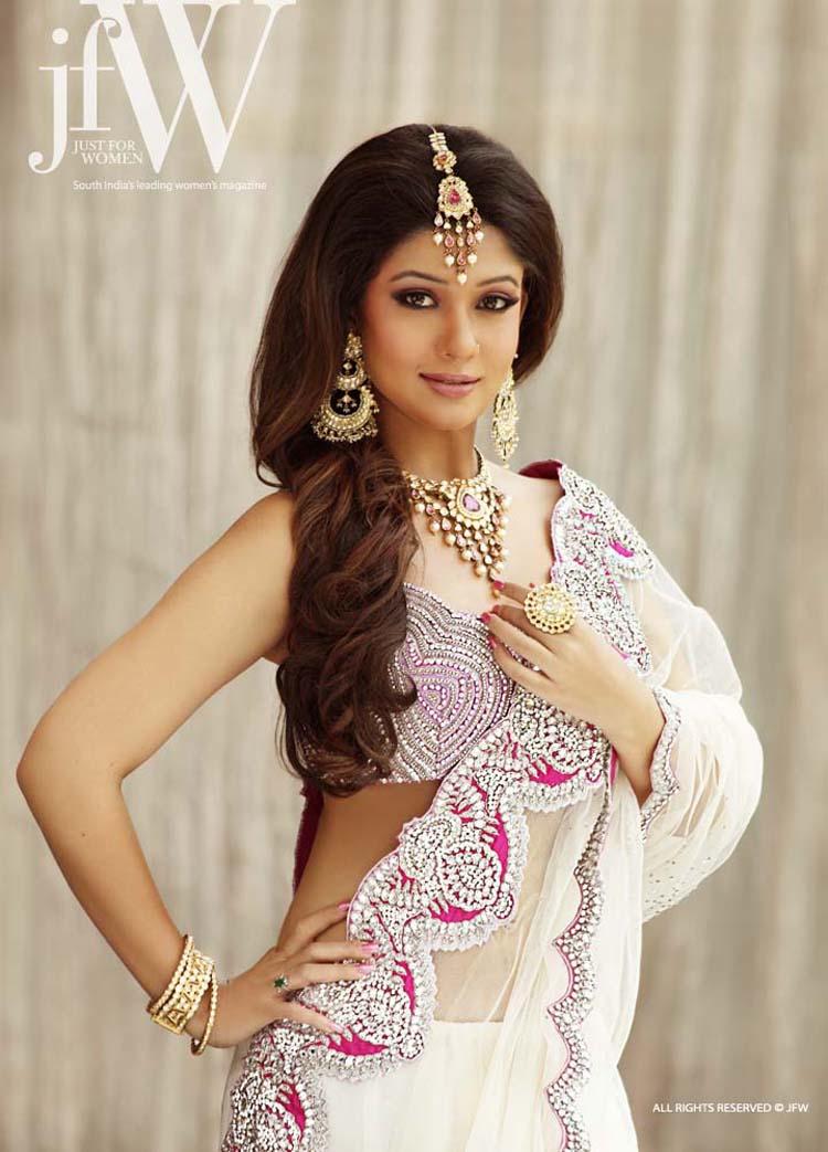 Nayanthara Hot Images and Stills|Nayanthara Hot Photos and