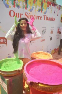 Poonam Pandey At Zoom Holi Party 2014 Pictures