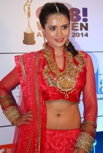 Preethi Rana Hot Navel Show Pics At GR8! Women Awards 2014