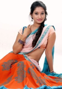 Telugu Actress Priyanka Pallavi Hot Navel Show Pictures in Half Saree