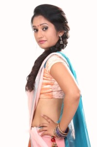 Priyanka Pallavi Hot Navel Photos in Half Saree 7