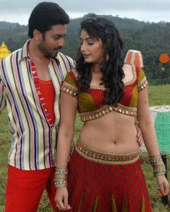Ragini Dwivedi Hot Navel Photo Gallery