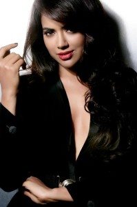 Sameera Reddy Unseen Sexy Photoshoot Pics in Black Dress