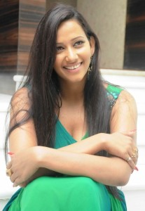 Sanjana Singh Spicy Cleavage Show Pics in Green Dress