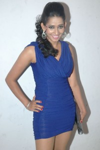 Sanjana Singh Sexy Legs Show Photos At Screen Moon Awards