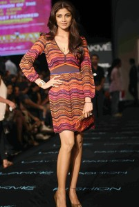 Shilpa Shetty Hot Pics At Lakme Fashion Week Winter Festive 2013