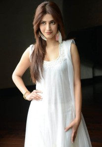 Shruti Hassan Hot Pics in White Dress At Balupu Movie Interview
