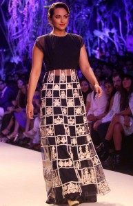 Sonakshi Sinha At LFW Summer Resort 2014 Stills