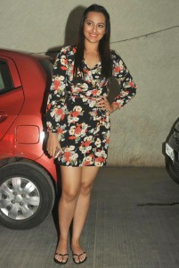 Actress Sonakshi Sinha Hot Thighs Show Photos At Queen Movie Special Screening