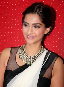 Sonam Kapoor Photos At Ghazal Album Launch 4