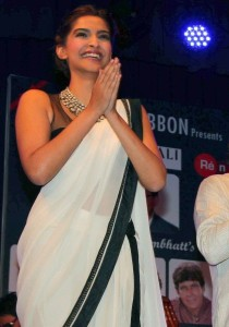 Sonam Kapoor Photos At Ghazal Album Launch 7