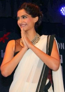 Sonam Kapoor Photos At Ghazal Album Launch 8