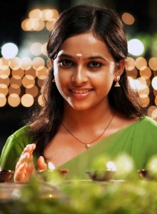 Sri Divya Sexy Pictures in Varutha Padatha Valibar Sangam Movie