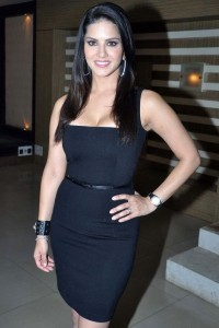 Sunny Leone Hot Photos At Zee TV Fear Files For Ragini MMS 2 Movie Promotion