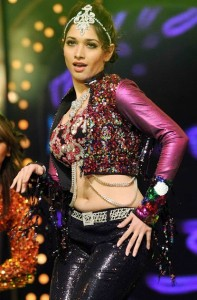 South Actress Tamanna Hot Navel Show Images At Dance Performance Show