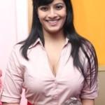 Varalakshmi Sarathkumar Hot Photos At iPhone 5 Launch