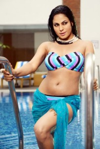 Veena Malik Latest Hot Bikini Photos From Nagna Satyam Telugu Movie