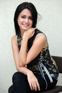 Kriti Kharbanda Sexy Photoshoot Pictures