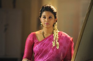 Anjali Cute Saree Pics From Geethanjali Movie