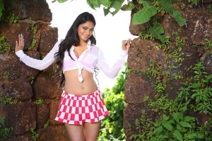 Shilpi Sharma Hot Photos in Green Signal Movie