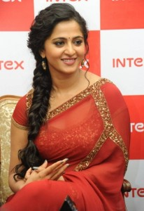 Anushka Latest Pics in Saree At Intex Smartphone Launch Event