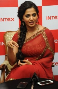 Anushka New Sexy Saree Photos At Intex Smartphone Launch