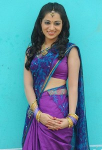 Ee Rojullo Movie Actress Reshma Sexy Photos in Half Saree