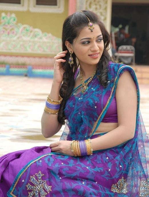 Ee Rojullo Actress Reshma Photos in Half Saree