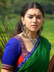 Hansika Motwani Stills in Aranmanai Movie