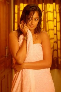 Kaveri Jha Hot Images in Towel