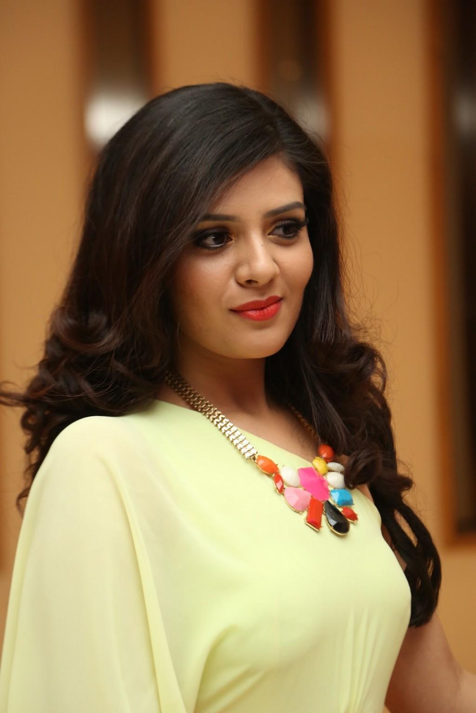 Tulasi Nayanthara Hot In Related Keywords - Tulasi Nayanthara Hot In ...