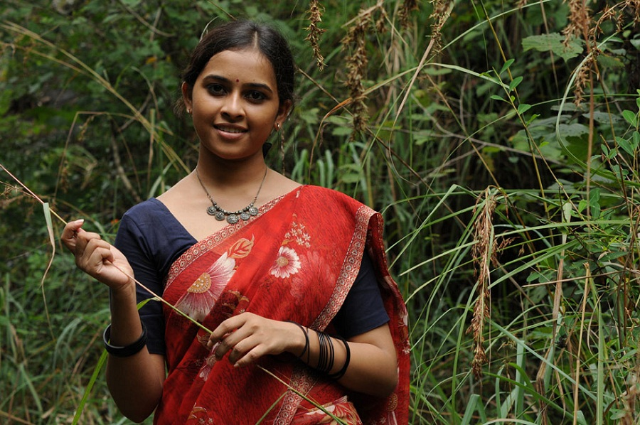 Sri Divya Photos in Kattu Malli Movie